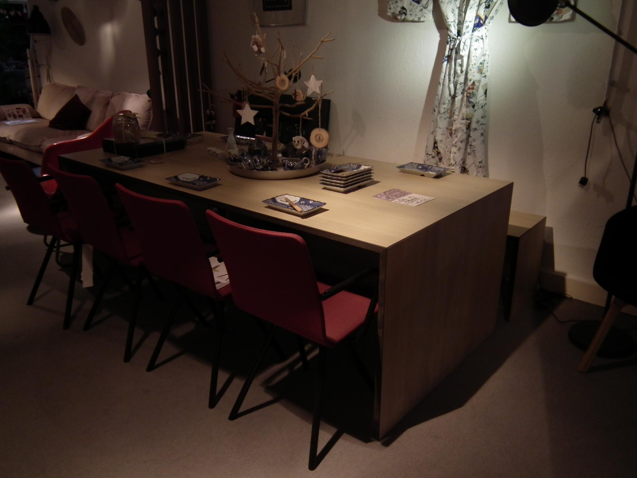 Houten Tafel En Bank.Eetkamertafel Met 1 Bank Design4all