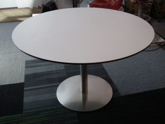 Ronde tafel wit